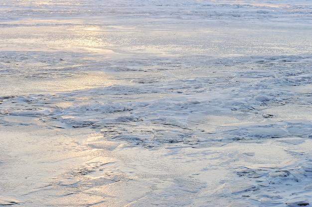 凍った川の氷-抽象化