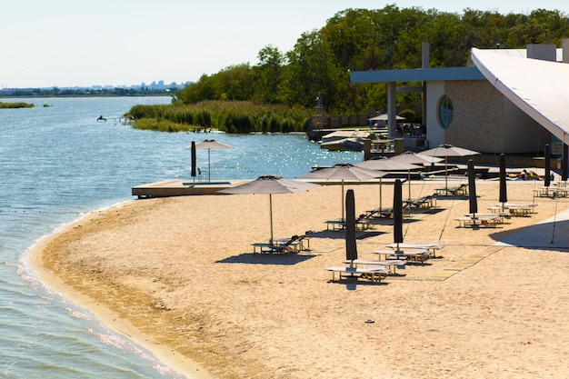 リバービーチ、レクリエーション施設。夏休み