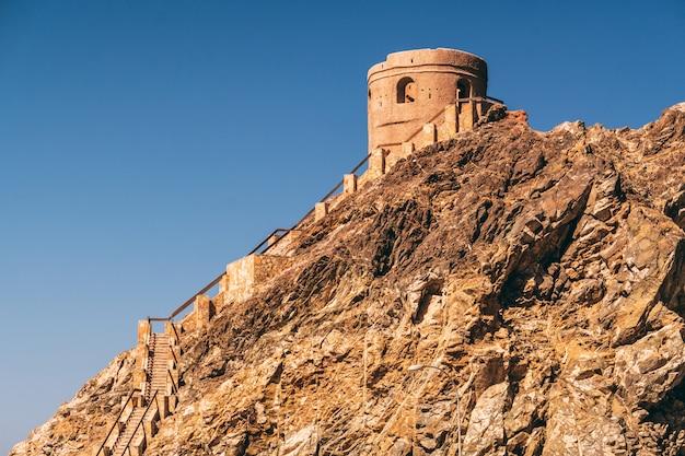 マスカットの小さな防衛塔