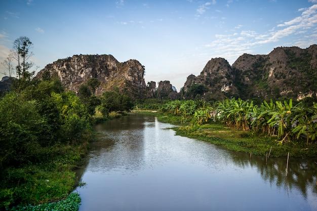 Нинь бинь, вьетнам