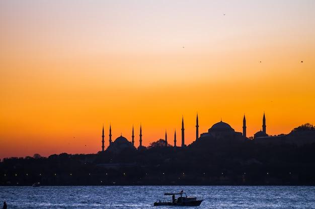 Стамбул закат