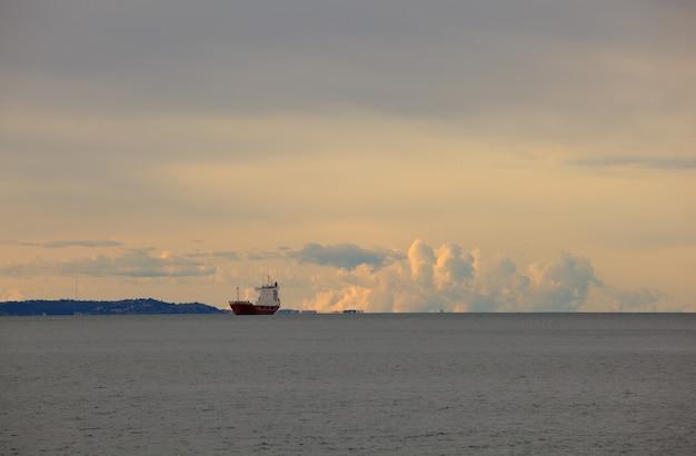 タンカーボート