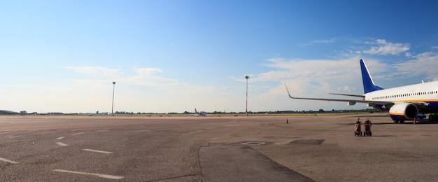 空港での飛行機