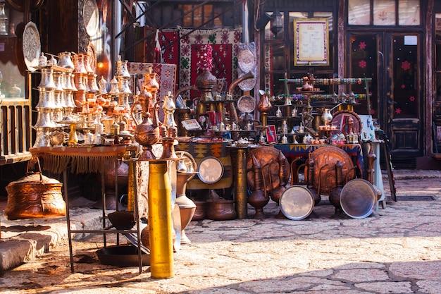 サラエボの典型的なストリートマーケット