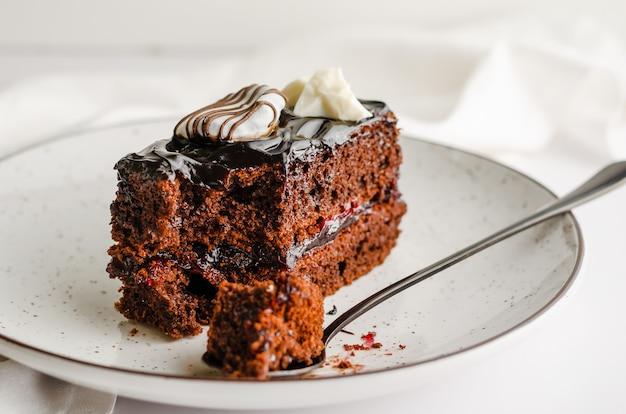 おいしいチョコレートケーキ自家製デザート