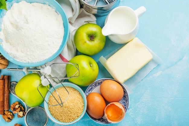 Ингредиенты яблочного пирога