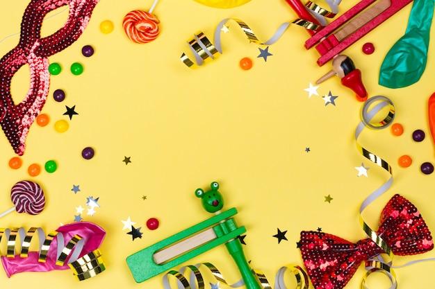 お祝いパーティー、カーニバルまたはプリムの休日の背景