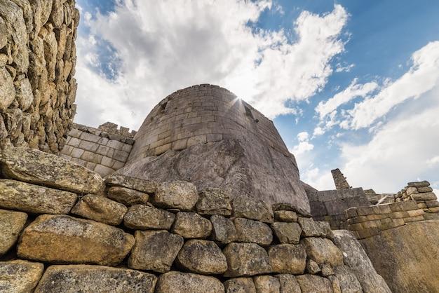 マチュピチュの建物、ペルーの詳細な広角ビュー