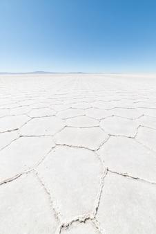 ボリビアのウユニ塩原の六角形