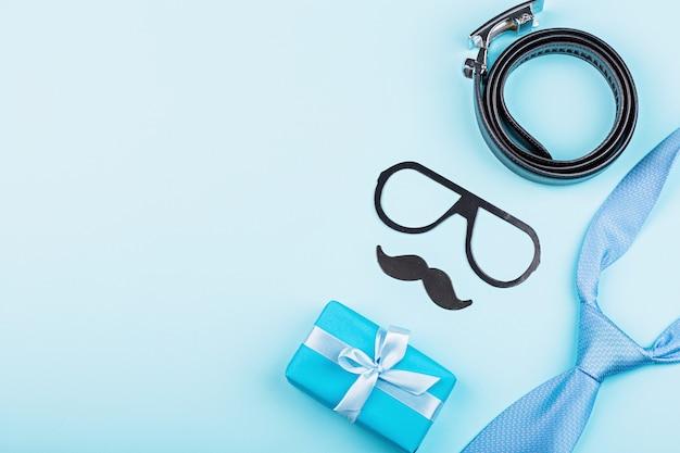 Счастливый день отцов подарок и аксессуары