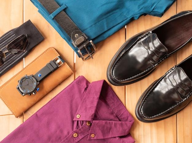 男性カジュアル服セットの創造的なファッションデザイン