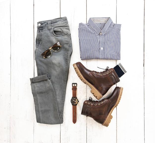 Комплект модной мужской одежды и аксессуаров