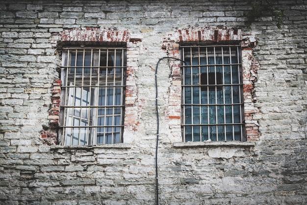 タリンで放棄された刑務所