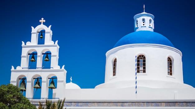 Город ия на острове санторини, греция.