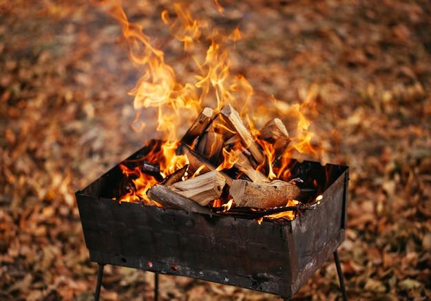 グリルの火