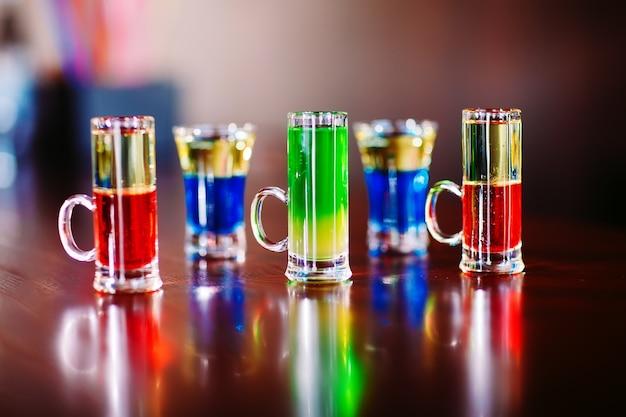 Выстрелы на бар
