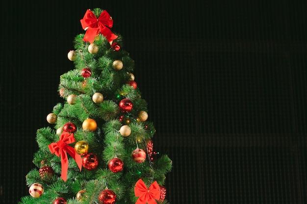 クリスマスツリーの背景色