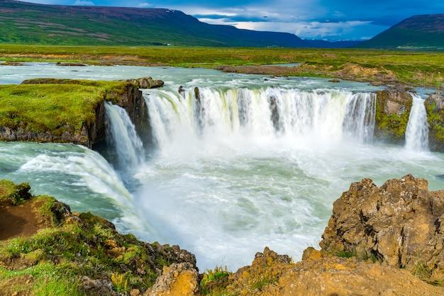 Водопад летом