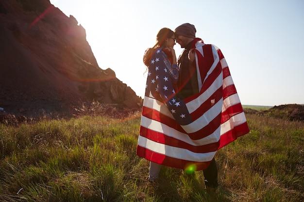 ロマンチックな若いアメリカ人