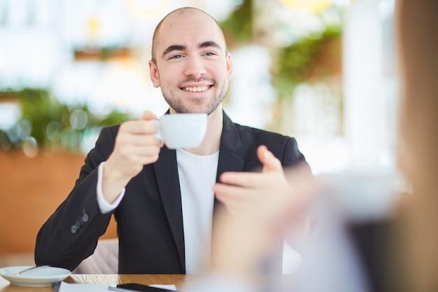 コーヒーブレイクで話す