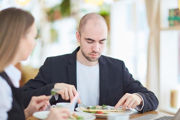 同僚の昼食