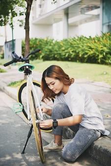 自転車をチェック