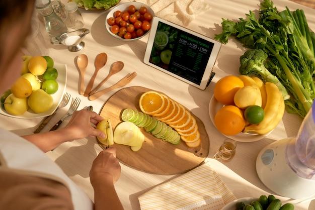 果物を切る