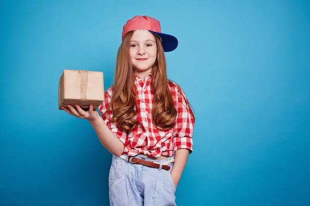 子供の小さなキャップ装飾ボックス