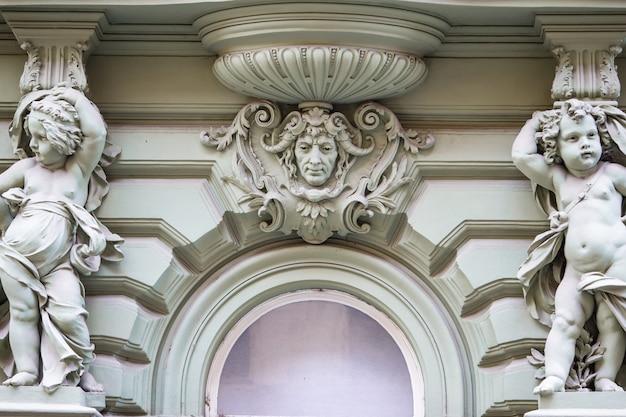 プラハのアールヌーボー様式の美しい住宅