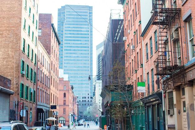 マンハッタンのニューヨーク市の高層ビル