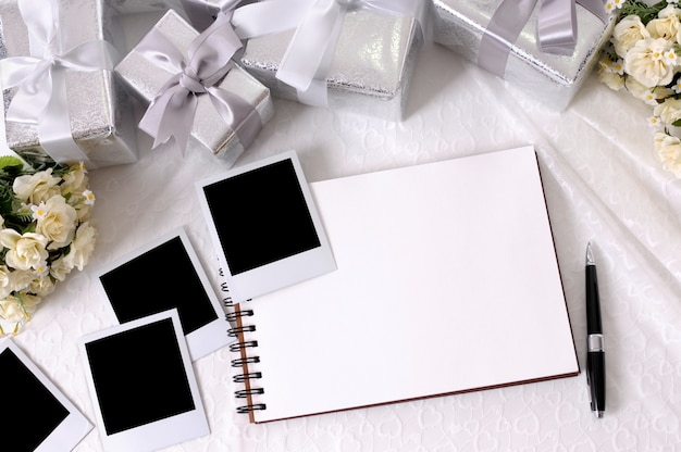 結婚式の贈り物と写真