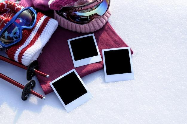 空白の写真プリントと冬のスポーツの背景