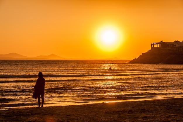 ナクソスのビーチに沈む夕日