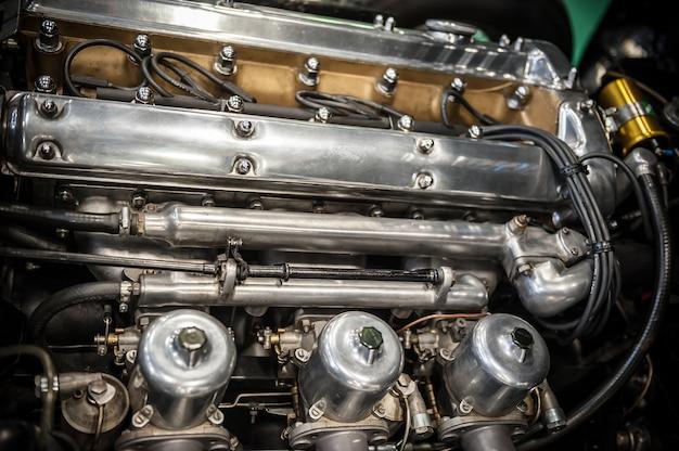 ヴィンテージカーエンジン