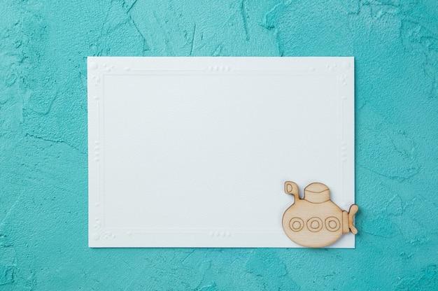 白い空白のメモ帳