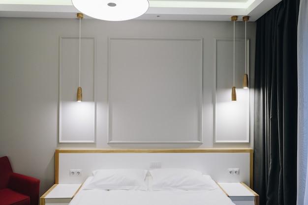Интерьер спальни или гостиничного номера