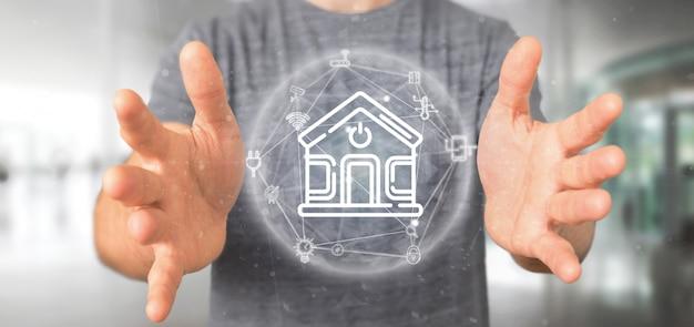 Бизнесмен держит умный дом интерфейс с иконой, статистика и данные