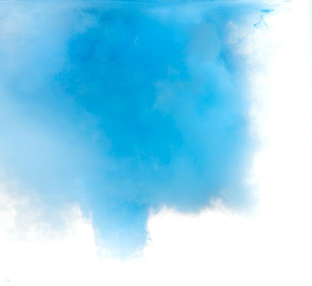 水に溶ける色で形成された抄録