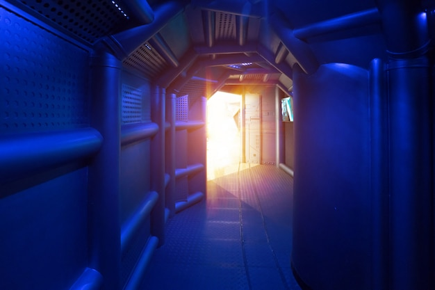 Научно-фантастические сцены, металлические каналы в космическом корабле