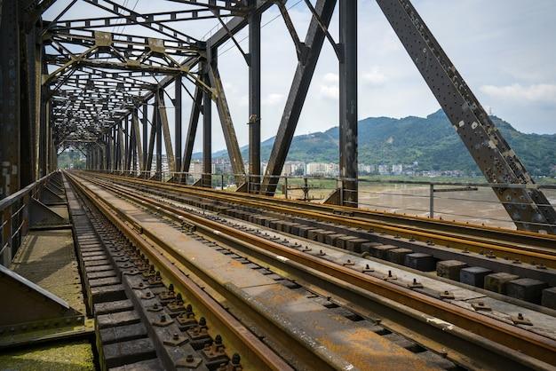 クローズアップ、の、鋼鉄フレーム、重慶、長江川、金属製の鉄道橋、中国