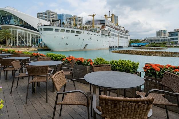 深セン海世界公園の屋外レストラン