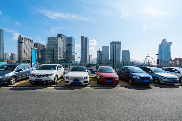 中国青島の駐車場