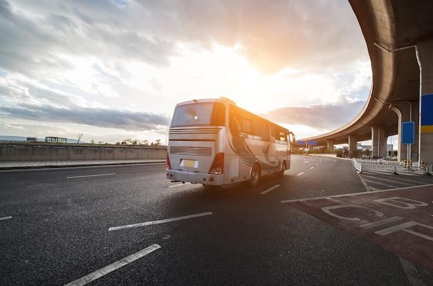 Движения транспортных средств городского отражения город