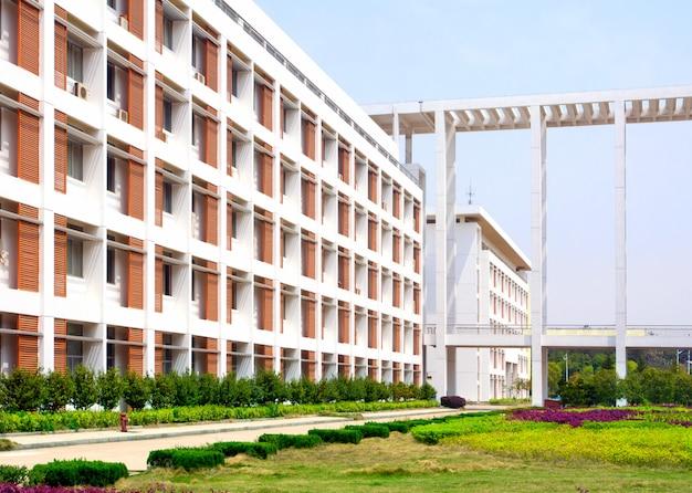 学校の場所