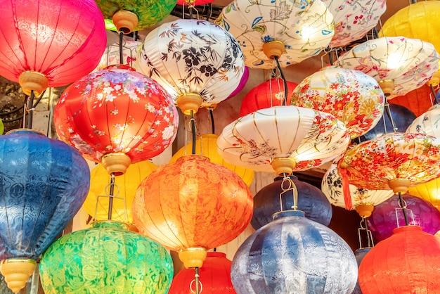 Красочные китайские фонарики