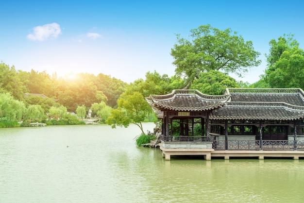 細長い西湖、揚州、中国
