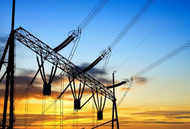高電圧ケーブル変換ステーション