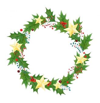 Рождественский венок или рамка с ягодами падуба, листьями и золотыми звездами, нарисованными акварелью