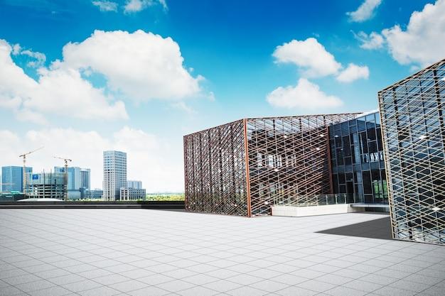 大規模な近代的なオフィスビル