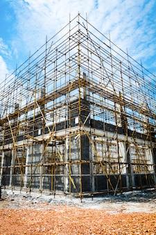 Большой строительный участок
